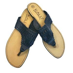 Kalli Black Leather Thong Sandals 7.5